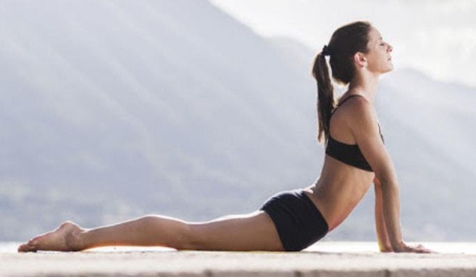 Chăm chỉ tập luyện Yoga kích thích tăng kích thước vòng 1