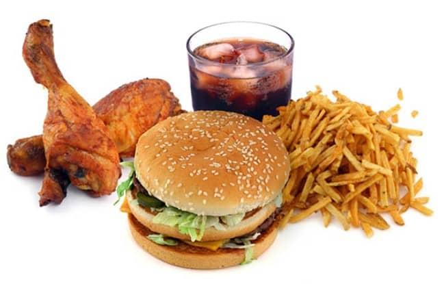 Hạn chế dùng thức ăn nhanh