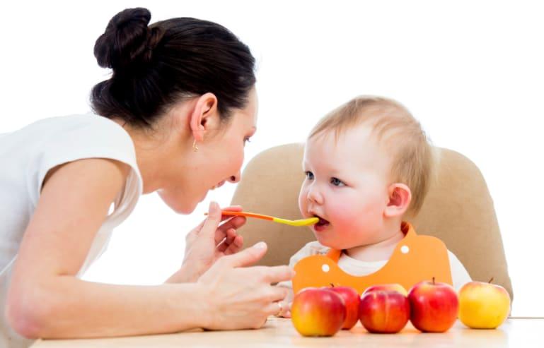 Tuyệt chiêu kết hợp các loại rau củ cho bé ăn dặm