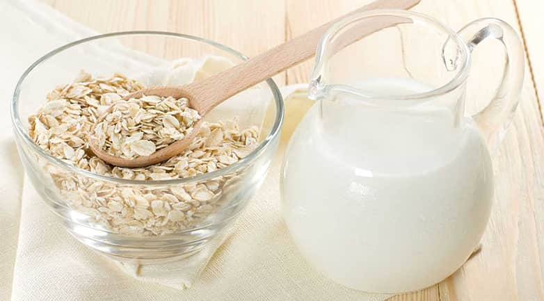 """Công dụng dưỡng da """"Thần Kỳ"""" của bột yến mạch và sữa tươi"""