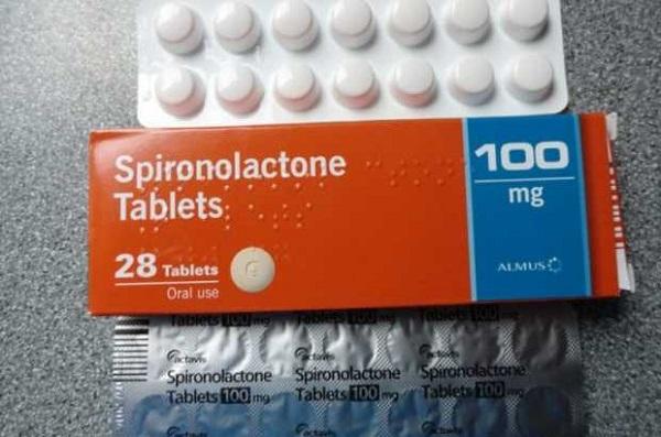 Có nên dùng thuốc Spironolactone để trị mụn trứng cá