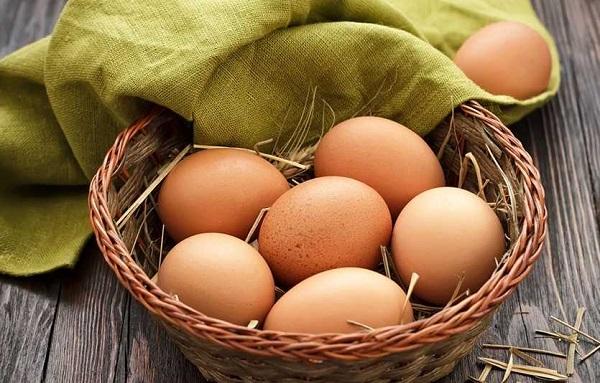 1 quả trứng gà bao nhiêu calo? Cách ăn trứng đúng cách