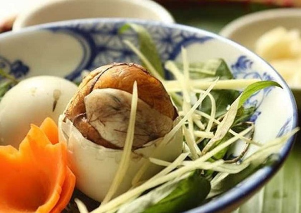 Mang thai 3 tháng đầu ăn trứng vịt lộn tốt không