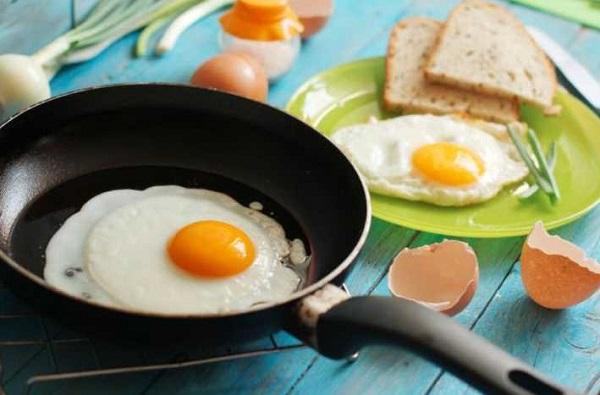 Trứng gà có tốt không