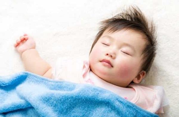Làm thế nào để trẻ ngủ sâu giấc, không quấy khóc?
