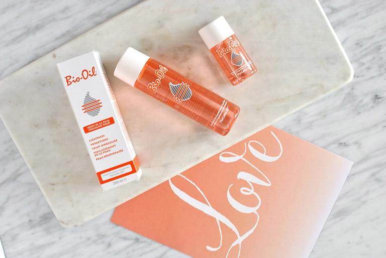 Thuốc Bio-Oil (tinh dầu có tác dụng chống trị rạn da, làm mờ sẹo)